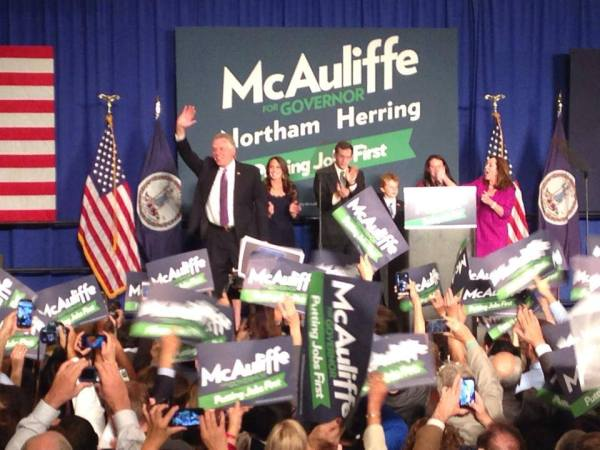 Governor-elect Terry McAuliffe thanks his supporters at a campaign party in Tysons Corner, Va., on Nov. 5, 2013.